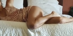 Zayana sex club in Waverly & independent escorts