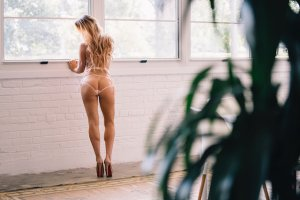 Yanka sex dating in Grapevine TX, outcall escorts